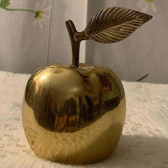 Vintage brass golden apple figurine paper weight